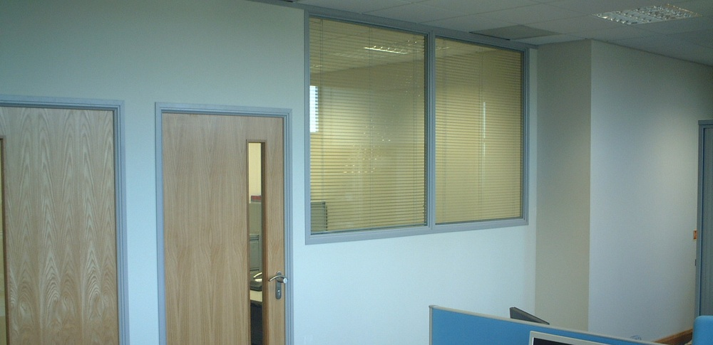 Aspire Office Solutions – Fire Rated Partitioning Prima 75 1