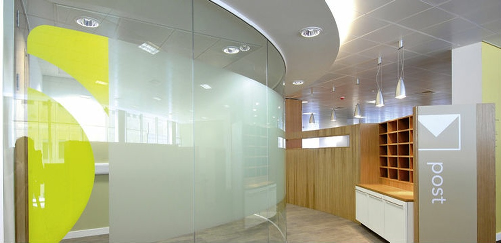 Aspire Office Solutions – Frameless Glass Partitioning Polar Single 1