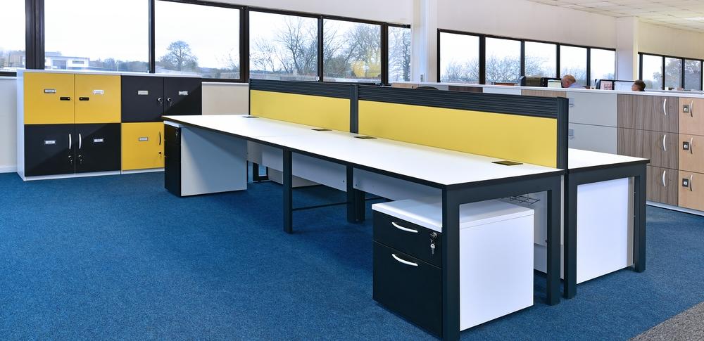 AOS Desk Mounted Screens – Tangent 3